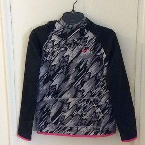 girls Nike dri-fit pullover hoodie 💕💕💕